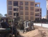 شكاوى من أعمال بناء وصيانة بمدرسة ابن سينا فى الإسكندرية تشوش على الطلاب