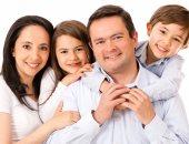 دراسة: الأمهات يفسدن بناتهن والآباء يفسدون الذكور.. وطبيبة مصرية تؤكد العكس