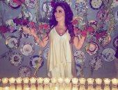 بالفيديو.. إليسا تحتفل بعيد ميلادها وترقص على نغمات عاصى الحلانى