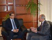 وزير القوى العاملة يلتقى السفير علاء يوسف قبل تولى منصبة الجديد بالأمم المتحدة
