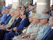 الرئيس السيسى يتفقد إجراءات تفتيش حرب بإحدى تشكيلات الجيش الثالث الميدانى