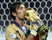 هل تكتب مباراة السويد النهاية الحزينة لمشوار بوفون الأسطورى مع إيطاليا