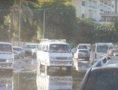 قارئ يشكو التكدس المرورى بمزلقان عين شمس نتيجة سير السيارات عكس الإتجاه