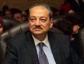 النائب العام يغادر القاهرة متوجها إلى البحرين