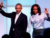 نتفلكس تتفاوض مع باراك أوباما لتقديم برنامج حصرى مع زوجته