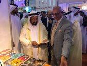 شاهد سلطان القاسمى يزور دور النشر المصرية بمعرض الشارقة
