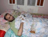شاب يناشد وزارة الصحة تبنى حالته بسبب مرض أصابه بقطع أصابعه