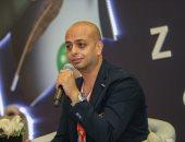 منى الشاذلى تسجل حلقة مع أحمد مراد وتدعو الجمهور لحضور الحلقة