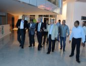 بالصور.. محافظ جنوب سيناء يتفقد مركز العمليات وقاعة المؤتمرات بشرم الشيخ