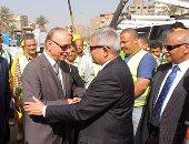محافظ القاهرة: تطبيق غرامات على المتعدين على شبكات الصرف الصحى