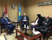 وزير الآثار  يلتقى سفير إيطاليا ويقترحان  رابطة دولية لتطوير المتحف المصرى