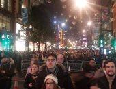 بالفيديو والصور.. تجمع مئات الآلاف بشارع أكسفورد لندن لإضاءة أنوار الكريسماس