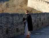كاتبة أمريكية: ميلانيا ترامب تبدو أكثر ارتياحا بعيدا عن زوجها