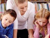 دراسة هولندية: نجاح الفتيان فى التعليم يعتمد على عدد البنات بالمدرسة
