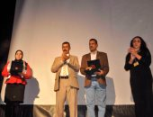 بالفيديو والصور.. مهرجان طيبة أسوان يطالب بتفعيل دور المسرح المدرسى لمواجهة التطرف
