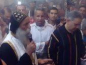صور.. صلوات وكورالات بمشاركة أسقف نقادة وقوص بدير مارجرجس بالرزيقات