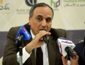 نقيب الصحفيين: التقيت بوزير الإنتاج الحربى لبحث إقامة مصنع ورق