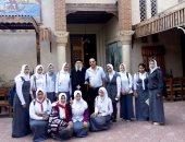 بالصور.. كنيسة العذراء مقصد الطلاب.. وراعى الكنيسة يؤكد على سماحة الإسلام