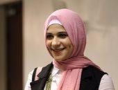 """صور وفيديو.. متسابقة بملكة جمال الحجاب تغنى لـ""""adele"""" ولجنة التحكيم تتفاعل معها"""