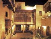 أعمال فنية ولوحات الخط العربى فى معرض ببيت السنارى يضم 100 عمل