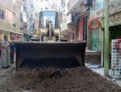 حملة مكبرة لتجريد الشوارع استعدادا للرصف بحى شرق شبرا الخيمة