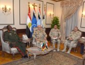 الفريق محمد فريد يلتقى قائد القوات المسلحة الزامبية