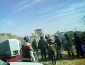 إزالة 10 حالات تعدى على الأراضى الزراعية فى حملة مكبرة بسوهاج