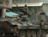 جيش زيمبابوى يدعم مسيرة فى العاصمة مع تزايد الضغط على موجابى