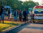 مواطنو زيمبابوى يتجاهلون الأزمة السياسية ويواصلون تسوقهم وأعمالهم