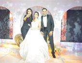 صور.. حماقى وبوسى وأمينة نجوم زفاف أدهم وهديل بحضور المشاهير