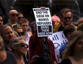 صور.. مظاهرة فى أستراليا ضد المعاملة السيئة للاجئين بمراكز الاحتجاز