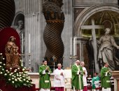 البابا يدعو للسلام فى عظة بميانمار