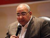 بيومى فؤاد يقدم بلاغا لمباحث الإنترنت ضد مجهول انتحل صفته على مواقع التواصل