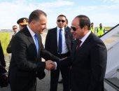 السيسى يصل نيقوسيا للمشاركة بالقمة الثلاثية بين مصر وقبرص واليونان
