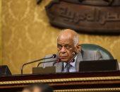 رئيس البرلمان :كيف يجلس قاض على المنصة ويرأس جمعية عمومية لناد