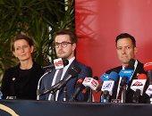 صور.. الألمانى أكسل : مشروع استاد الأهلى يليق بحجم القعلة الحمراء