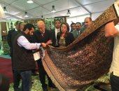 """وزيرة التضامن: رئيس الوزراء أشاد بجودة منتجات مصانع """"أبيس"""" بالإسكندرية"""