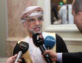 سلطنة عمان ترحّل 67 متسللًا عبر مطار مسقط الدولى