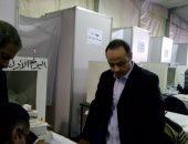 طارق يحيى يدلى بصوته فى انتخابات الزمالك