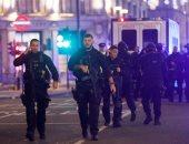 """الشرطة البريطانية تطوق محطة قطار """"كينجز كروس"""" للاشتباه فى عبوة ناسفة"""