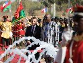 """صور..رئيس فرنسا لطلاب جامعة واجادوجو: """"أنا من جيل لم يعرف أفريقيا كمستعمرة"""""""