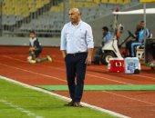 إيقاف حسام حسن 4 مباريات وتغريمه 20 ألف جنيه لارتكابه سلوكا غير رياضى