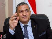 نائب محافظ القاهرة: غلق 46 محلا مخالفا بالموسكى.. ورصف شوارع بحى وسط