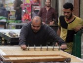"""فيديو وصور.. محرر """"اليوم السابع"""" يخوض تجربة تصنيع حلوى المولد فى شبرا"""
