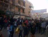 """سيدات وأطفال يتقدمون مسيرة بكفر الشيخ للمطالبة بإعدام قاتل ضابط الشرطة """"صور"""""""