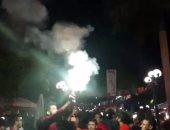 ضبط عدد من جماهير الزمالك أشعلوا شماريخ أثناء استقبال الفريق