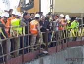 صور.. محافظ بورسعيد: انتهاء 90% من الأعمال بنفقى الشمال والجنوب