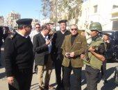 صور.. مدير أمن السويس يتفقد قوات الشرطة بميادين وشوارع المحافظة