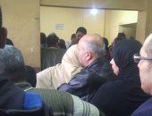 قارئ يشكو سوء التنظيم وتكدس المواطنين بالشهر العقارى فى سموحة بالإسكندرية
