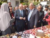 صور .. إقامة أول معرض بالقاهرة لمنتجات قرى بنى سويف